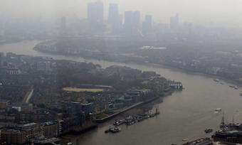 UK government accused of pursuing 'gimmicks' to tackle air pollution