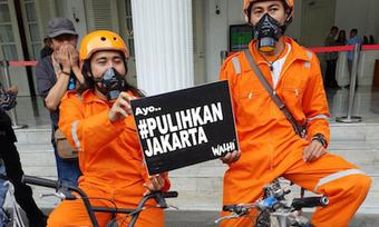 Environmental campaigners in Jakarta, Indonesia demand action against air pollution, threaten lawsuits